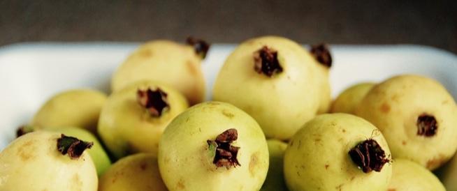 الجوافة وأهم فوائدها وأضرارها